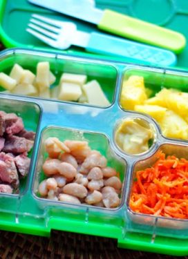 Pablo's weekly menu, and a cool lunchbox!