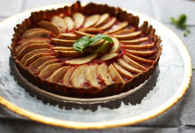 apple rhubarb tart